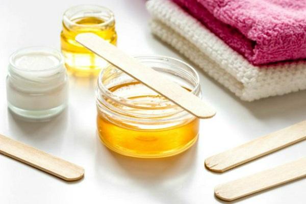 Cách tẩy lông tay bằng waxing có tốt cho da không?
