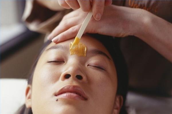 Triệt lông mặt có nhiều cách tuy nhiên lựa chọn thế nào mới tốt cho làn da bạn?