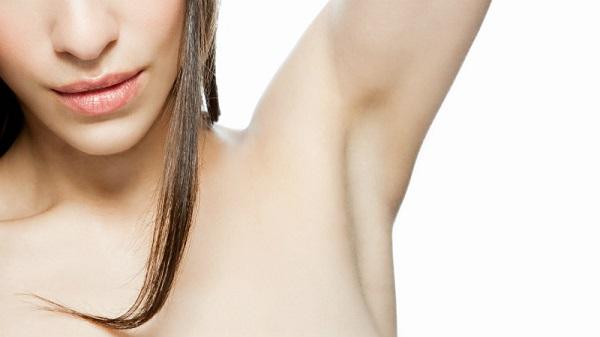 Có nên wax lông nách tại nhà không?