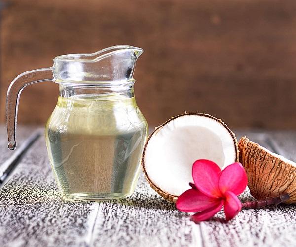 Cách chống rạn da khi mang thai bằng dầu dừa