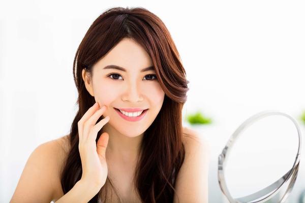 Cách chăm sóc da mặt tại nhà đơn giản bằng nguyên liệu tự nhiên