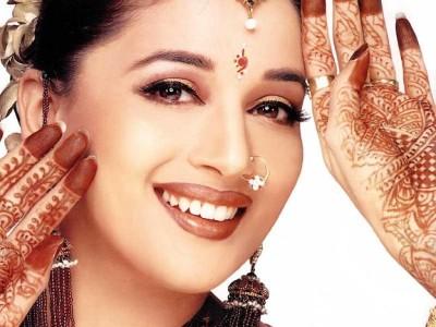 Cách làm đẹp của phụ nữ Ấn Độ