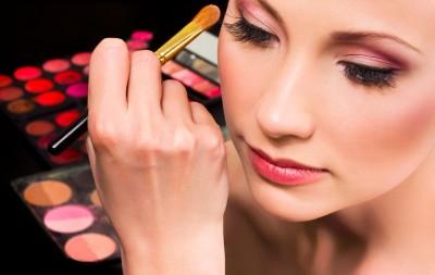 cách làm đẹp của phụ nữ hiện đại