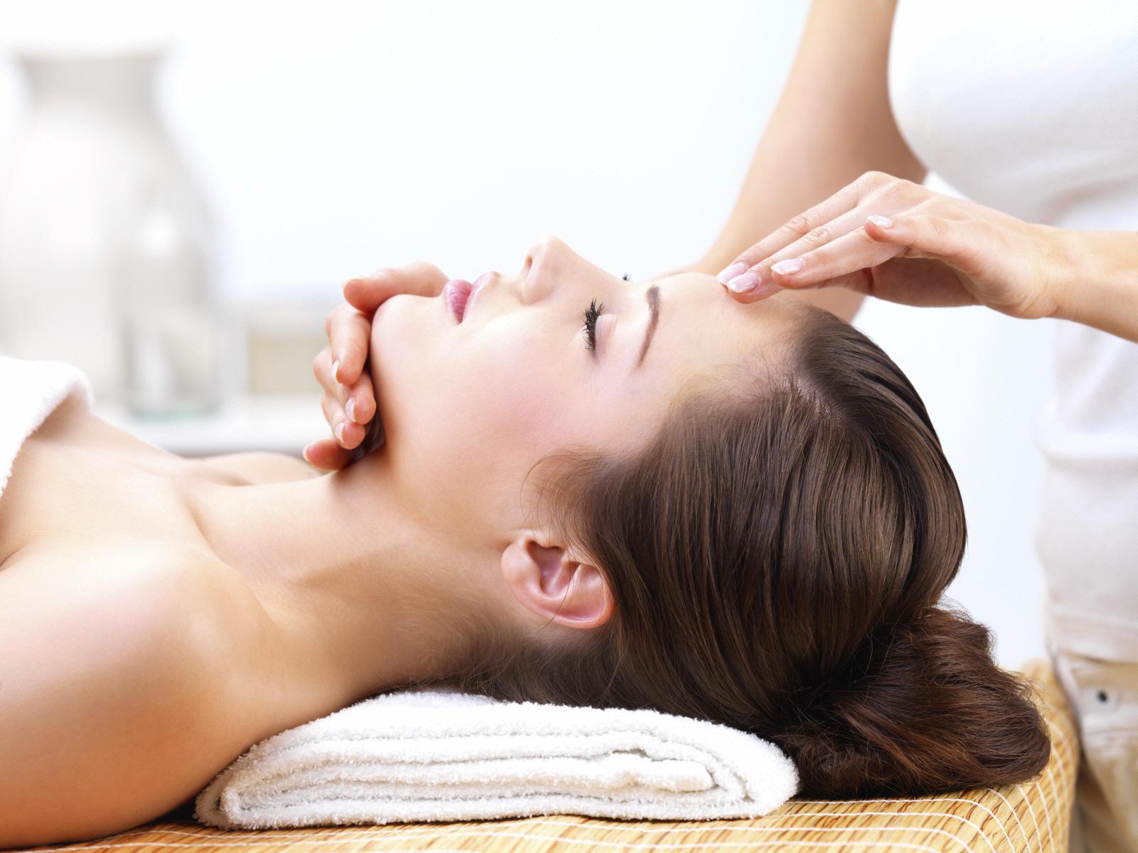 Dịch vụ massage trị liệu
