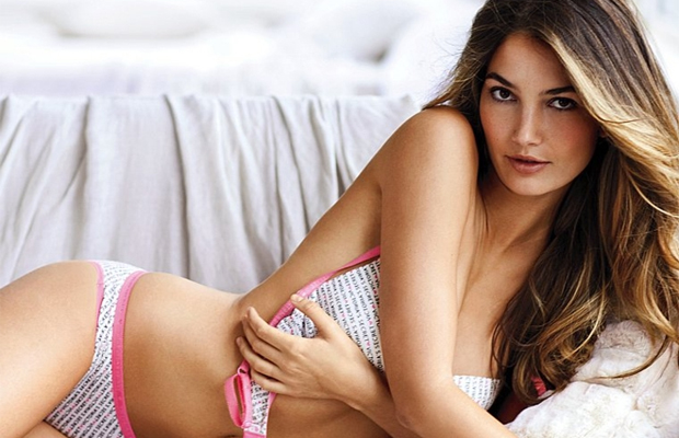 Học bí quyết làm đẹp da từ các thiên thần Victoria' Secret