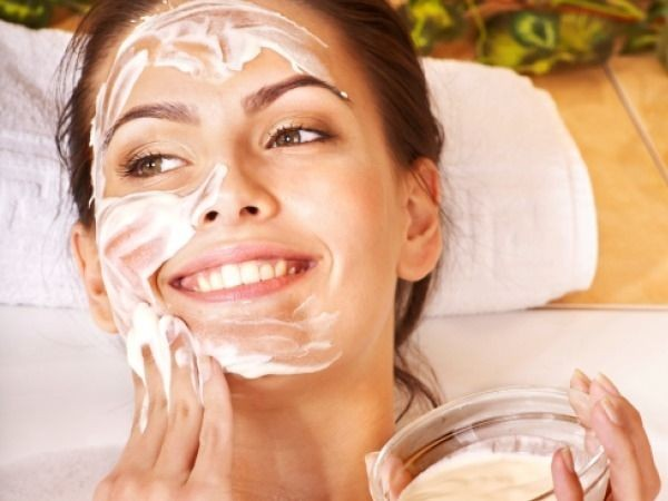 Sản phẩm mặt nạ dành cho da dầu nhờn chứa thành phần Azeloglycine độc quyền từ Bioline Jato có tác dụng kháng khuẩn, chống viêm nhiễm, làm se lỗ chân lông, ngăn ngừa lão hóa vượt trội