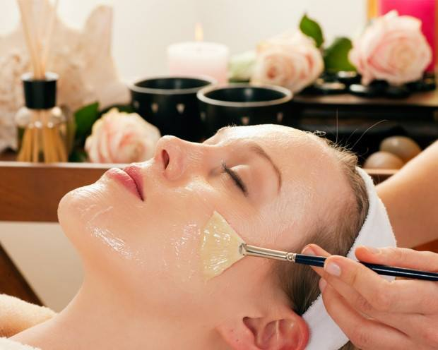 chăm sóc da và tóc bằng mật ong