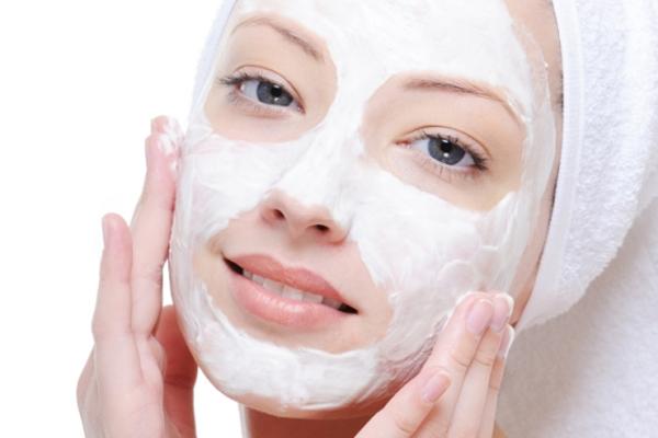 Kem trẻ hóa da mặt