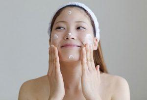 Bí kíp tắm trắng da mặt tại nhà