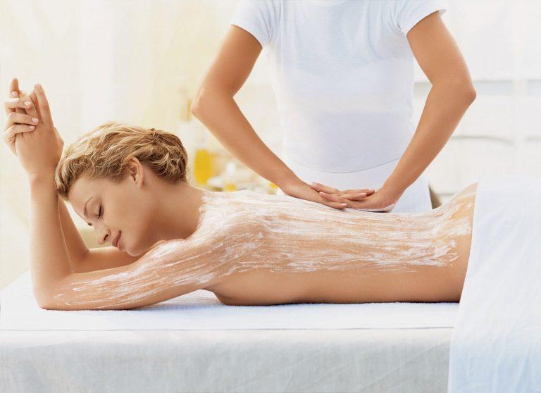 Tắm trắng collagen là liệu pháp giúp bạn nhanh chóng sở hữu làn da trắng sáng và mịn màng