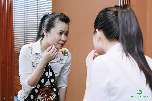 Mụn bọc là rất khó điều trị và có khả năng để lại sẹo thâm nếu không có phương pháp trị liệu đúng cách.