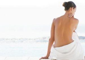 Cách trị mụn ở lưng và mông hiệu quả nhất