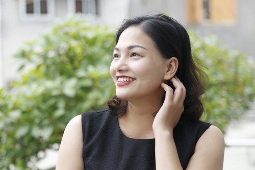 Làn da tươi trẻ nhờ chăm sóc da định kỳ với liệu pháp cải thiện làn da lão hóa bằng collagen sinh học tại Thu Cúc Clinics.