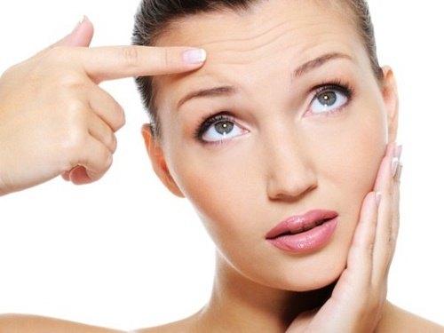 Sự suy giảm collagen ở phần thân bì là nguyên nhân khiến da bị lão hóa.