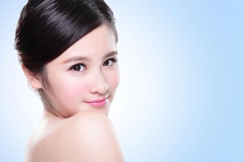Làn da sau khi được cung cấp sức sống sẽ trở nên mịn màng, tươi sáng thu hút ánh nhìn của người đối diện