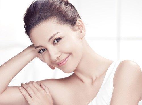 Làn da khỏe mạnh khi được chăm sóc chuyên nghiệp với sản phẩm phù hợp.