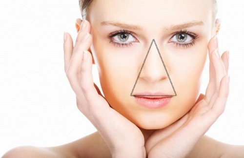 Tam giác tuổi thanh xuân trên vùng mặt