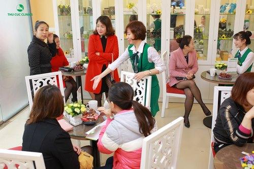 Thu Cúc Clinic Phú Thọ luôn tấp nập khách hàng đến làm đẹp.
