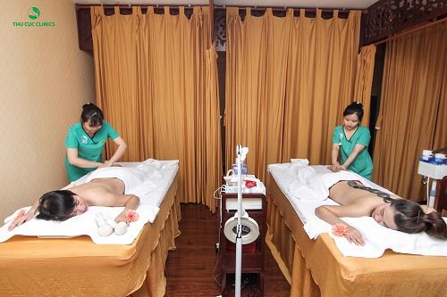 Tại Thu Cúc Clinic Sài Gòn Quận 5, các chị em rất ưa chuộng những giải pháp trị liệu toàn thân.