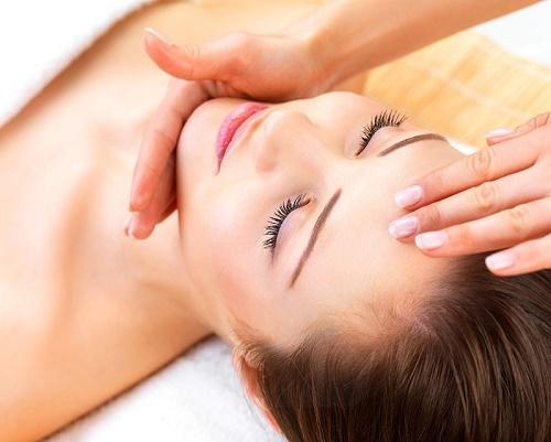 Trẻ hóa da mặt bằng oxi tinh khiết tại Thu Cúc Clinics giúp trẻ hóa da, xóa nhăn, thâm, nám, mang lại cho bạn làn da đẹp tự nhiên