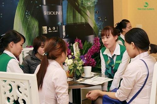 Liệu pháp giảm căng thẳng bằng hương thơm tại Thu Cúc Clinics nhận được quan tâm của đông đảo khách hàng