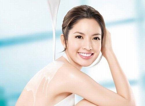 bảo vệ da sau khi tắm trắng là điều rất cần thiết.