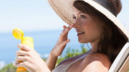 Lưu ý chăm sóc da sau khi tắm trắng cho các eva