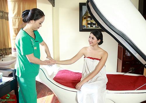 Tắm trắng phi thuyền giúp tăng cường thẩm thấu các dưỡng chất vào da và ức chế sắc tố melanin.