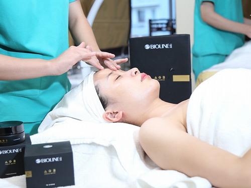 liệu trình chăm sóc da ở spa