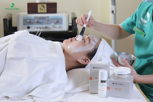 Thu Cúc Clinics luôn ưu tiên hàng đầu các mỹ phẩm có thành phần chủ yếu từ thiên nhiên của các hãng Bioline Jato, Bellewave.
