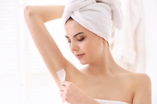Triệt lông nách theo cách tự nhiên giúp da không bị kích ứng như các phương pháp thông thường