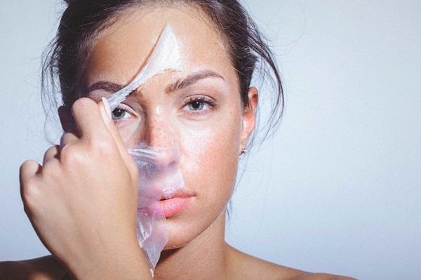 Tẩy da chết giúp tái tạo làn da mới khỏe mạnh hơn