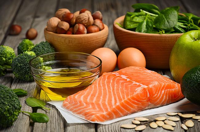 Ăn nhiều thực phẩm chứa omega 3 giúp da luôn ẩm mượt hàng ngày