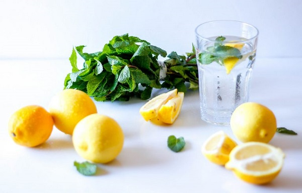 Chanh là nguồn vitamin C dồi dào rất tốt cho cơ thể