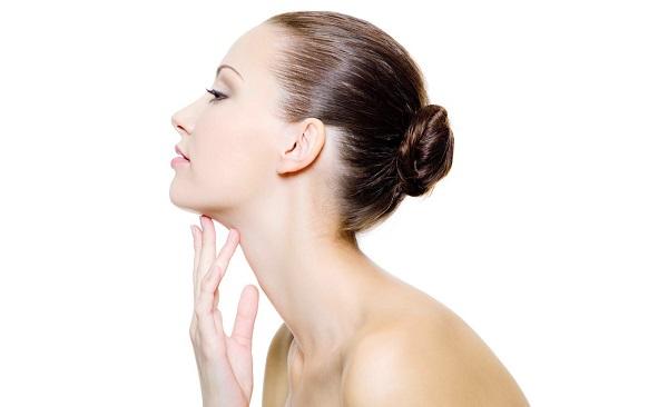 Tẩy tế bào chết giúp bạn có làn da rạng rỡ hơn