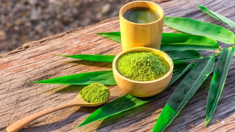 Bột trà xanh - nguyên liệu chăm sóc da mặt từ thiên nhiên giúp chống lão hóa cho làn da
