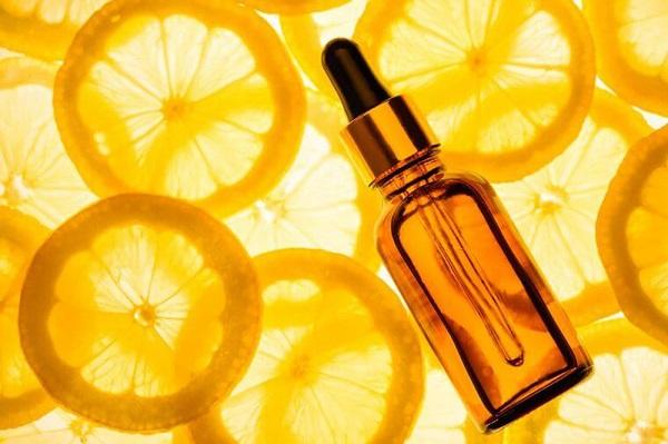 Vitamin C với rất nhiều công dụng cho làn da
