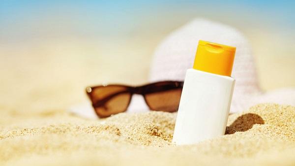 Kem chống nắng là cần thiết mỗi ngày