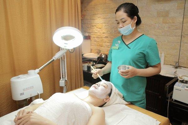 Dưỡng da mặt với oxy tinh khiết 98% tại Thu Cúc