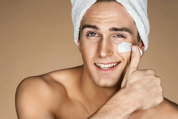 Một quy trình chăm sóc da mặt cho nam giới khoa học sẽ giúp phái mạnh sở hữu một làn da sáng khỏe