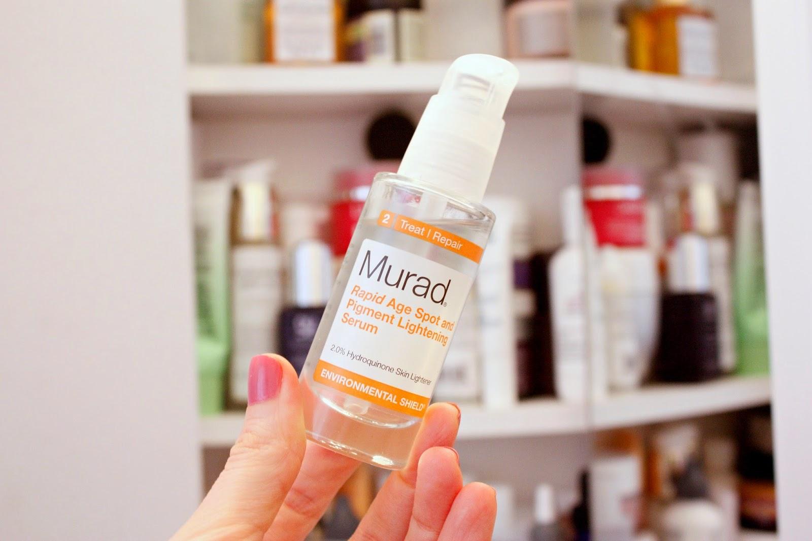 Sản phẩm không hề gây bết dính trên da khi bạn sử dụng.