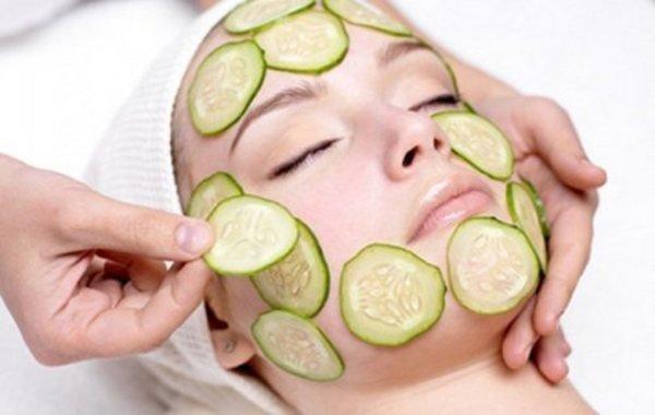 Áp dụng cách trị nám da mặt bằng trái cây hàng ngày sẽ giúp xóa mờ nám hiệu quả