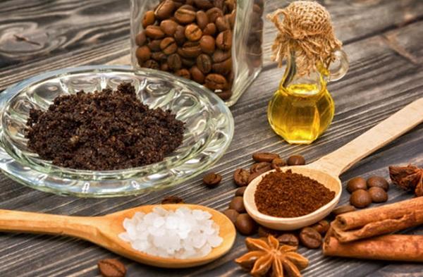 Cách tẩy da chết toàn thân bằng hỗn hợp từ 2 nguyên liệu hạt cà phê và dầu ô liu phù hợp với mọi loại da