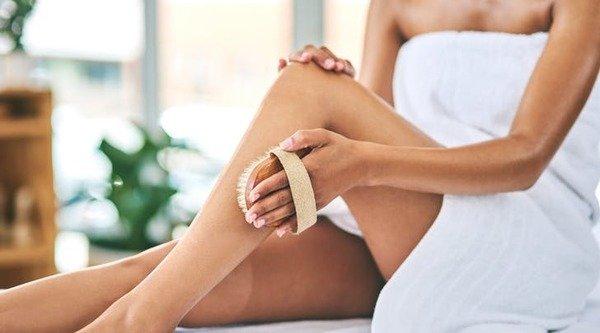 Phương pháp tẩy da chết đúng cách và tốt nhất cho bạn tùy thuộc vào sở thích của bạn, cũng như loại da bạn có.