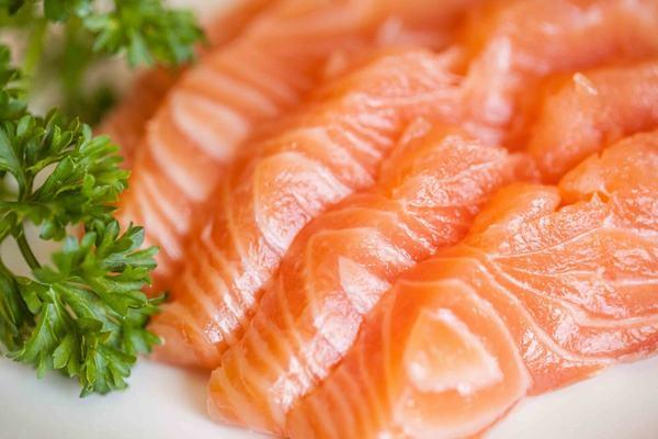 Cá là loại thực phẩm làm đẹp da và cơ thể vô cùng hiệu quả
