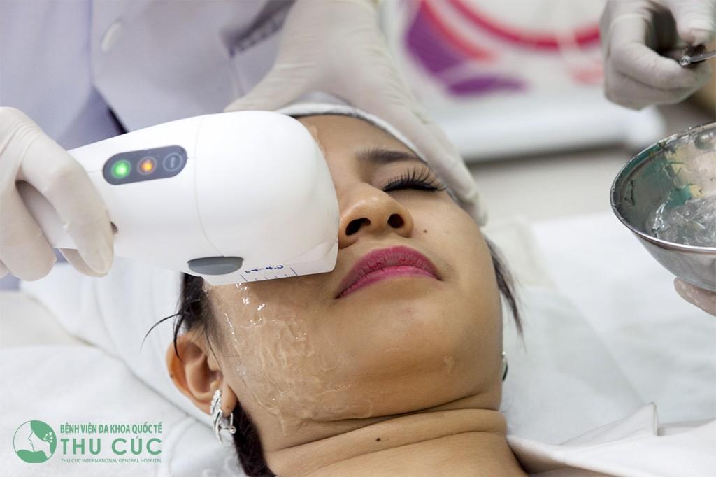 Mọi phụ nữ đều sợ sự già nua. Và nâng cơ Hifu 3D P'cell chính là cứu tinh của họ.