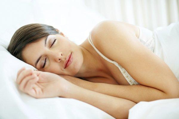 Giấc ngủ của chúng ta cũng là phần quà quý giá dành cho làn da.