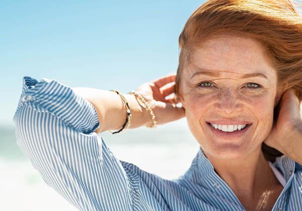 Theo năm tháng, bộ máy sản xuất collagen dần yếu kém dẫn đến làn da già nua với rất nhiều khuyết điểm rõ rệt.