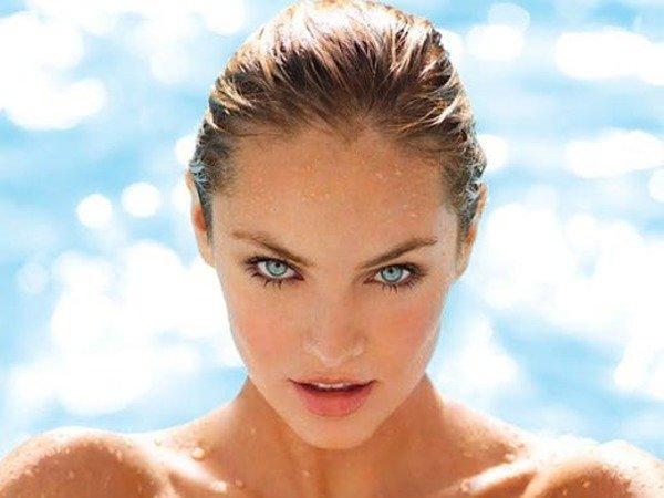 Ánh mặt trời thực sự có hại cho làn da của chúng ta thông qua việc phá hủy collagen.