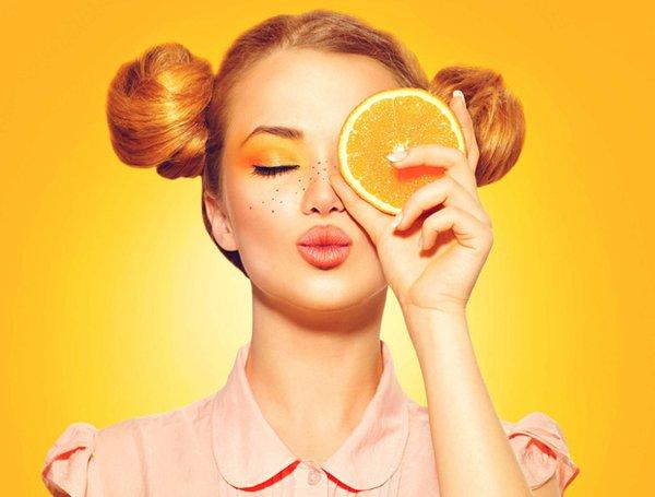 Bạn không cần phải nghi ngờ về vai trò của vitamin C trong quy trình chăm sóc da hàng ngày nữa.